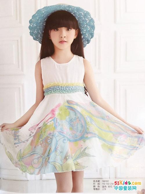 唯珂萌童装 给孩子一个多姿多彩的世界