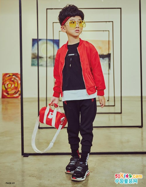 叽叽哇哇童装 引领时尚运动潮流