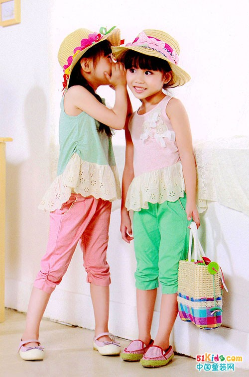 唯珂萌童装 打造多姿多彩童装世界