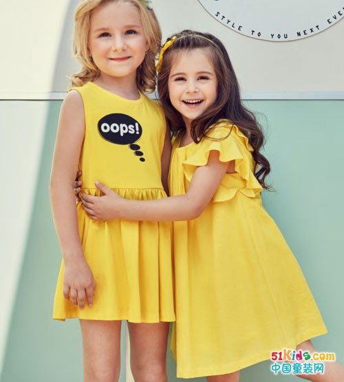 IKKI安娜与艾伦童装 幸福的童年像花朵般绽放美丽
