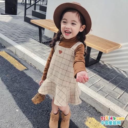 拉妮拉丫童装初秋密语,萌宝美裙如何搭配?