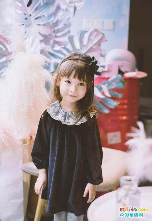 深秋之季,女童时尚穿搭,穿出不一样的优雅