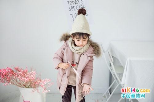 安米莉童装,穿出来的是暖暖的亲情