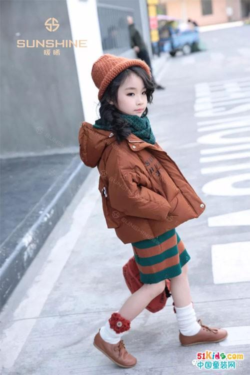 故事始于暖曦,冬日正在上演一场温暖的时尚革命