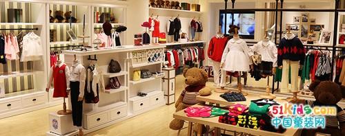小神童為0-14歲的兒童提供國內外一二線品牌童裝