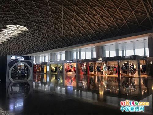 T100入驻成都双流国际机场!新店开业好礼享不停
