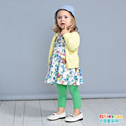 的纯童装 打扮童年的每一天