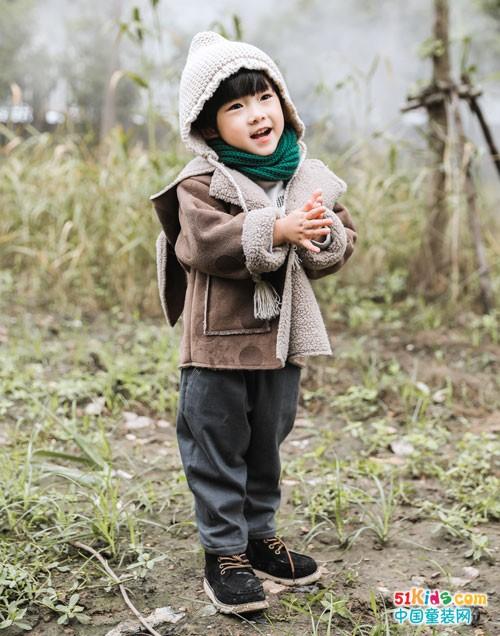 林芊童装 温暖的关爱体现于每一个细节