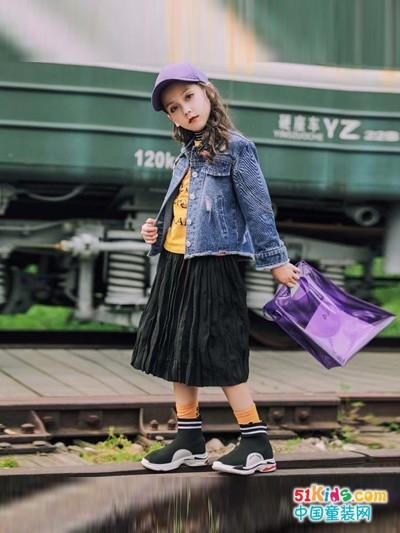 童话印记童装 美好的童年美丽的影像