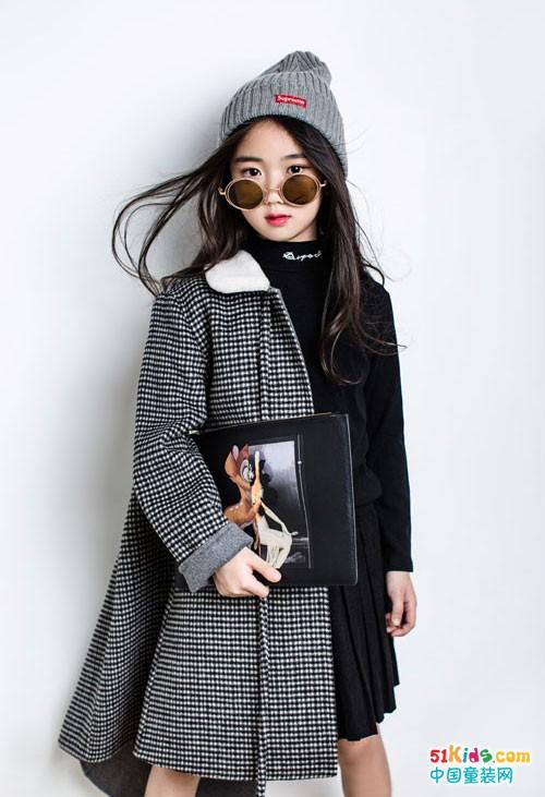 林馨儿童装 时尚优雅的小明星的风范