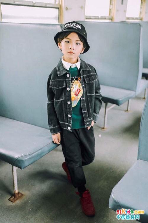 童话印记童装 宝妈和孩子都喜欢的的快时尚风格