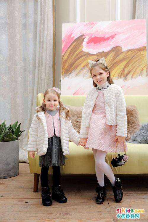 叮当猫童装 冬天里带来最精致的可爱范