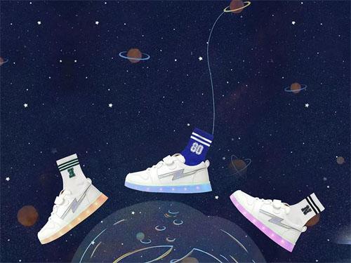 """流浪地球,也要""""鞋""""你玩转太空时尚"""