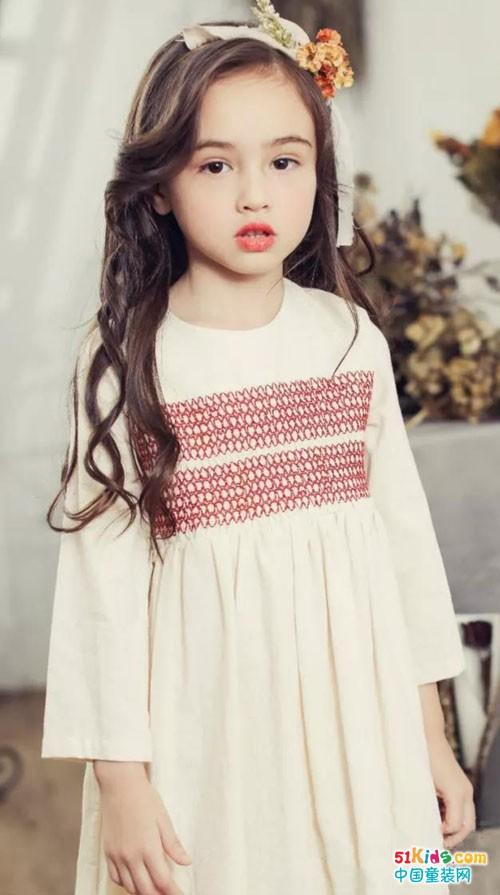 小神童服饰品牌童装在春夏季献给孩子们的礼物
