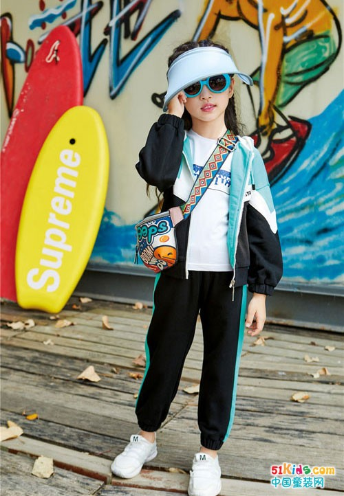 玛玛米雅童装 春夏款充满时尚运动活力