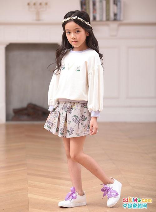 小鬼当家童装 轻松舒适的穿搭中体现个性