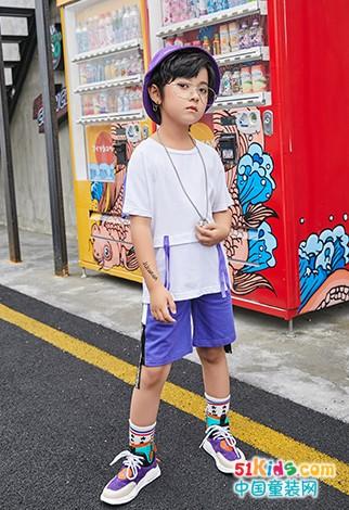 品牌折扣童装,不仅仅是大人,小孩子也可以演绎时尚