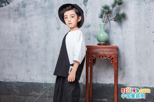 享受文化品位穿搭 就选JOJO童装
