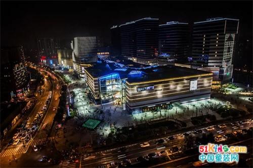头号玩家丨UUBUSS助力2019杭州国际时装周,打造最燃打卡圣地