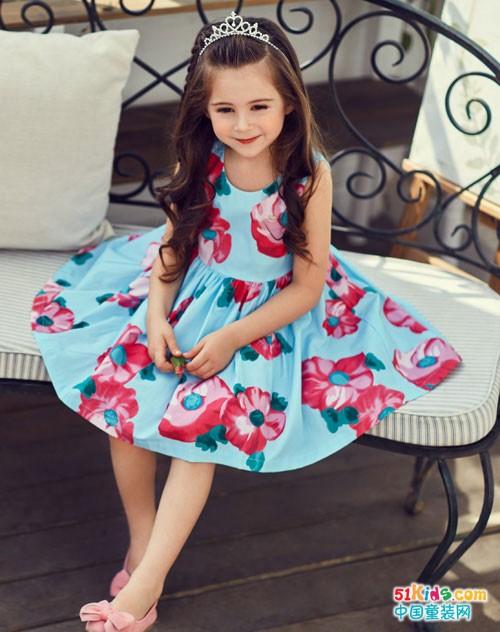 安娜与艾伦童装 让美美的连衣裙飘起来