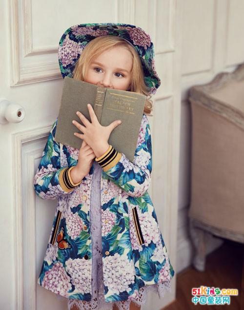 安娜与艾伦童装 小公主们都喜欢的连衣裙