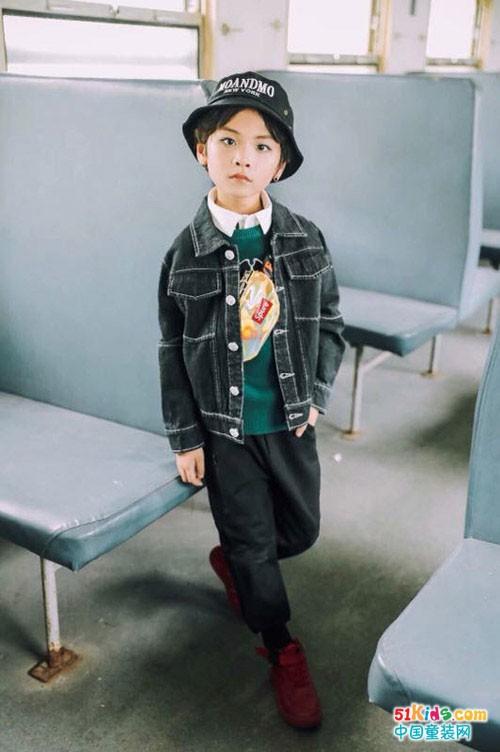 你还记得那些童年的美好吗,尽在童话印记童装