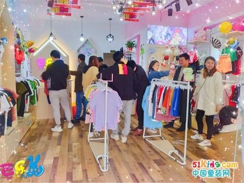 """芭乐兔童装品牌""""三步走""""扶持战略 创业小白轻松开店"""