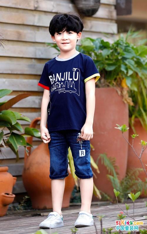 时尚靓丽的班吉鹿童装 一直是小朋友们的心头好