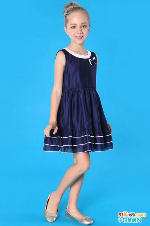 穿伊顿风尚童装 做气质优雅女生