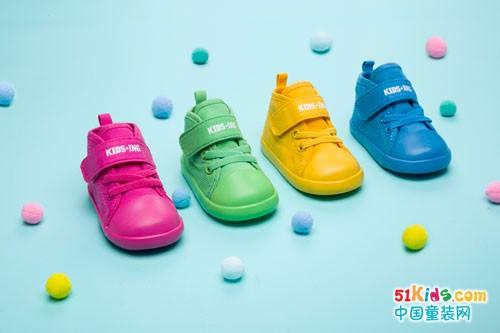 穿上KIDS.ING潮牌童鞋 迎接新学季