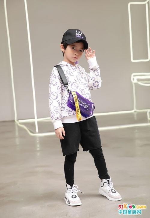 小鬼当家童装 展示个性自由风格