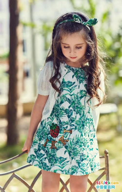 安娜与艾伦童装 纯净的小清新范