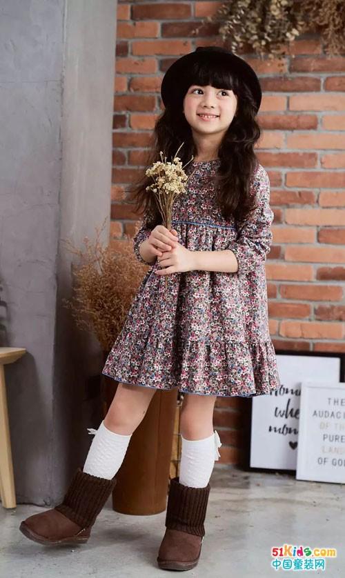 安妮公主童装 开学要有新花YOUNG