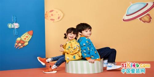 """""""QIBUKIDS""""健康鞋联合阿里巴巴,丁香诊所为孩子提供足脊检测"""