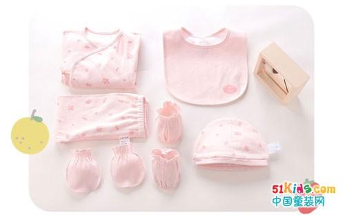 拉比LABIBABY | 秋冬换季宝宝衣服这样挑才安全