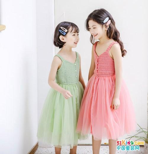 嗒囜童装 穿出甜美小可爱范