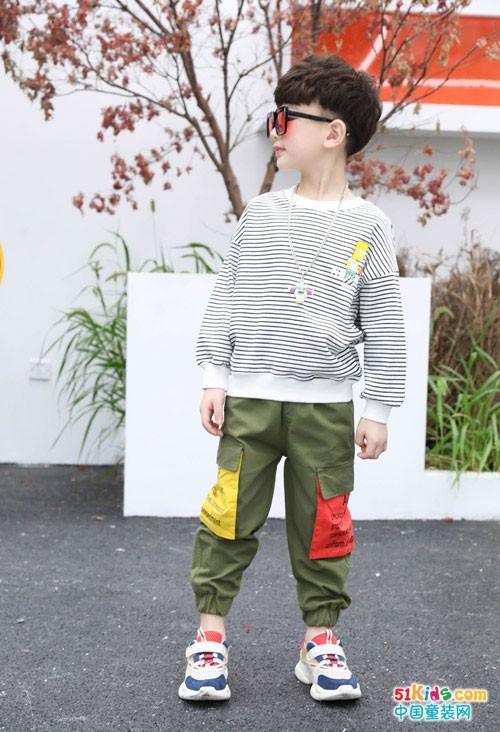 穿上欧米源童装潮品 拥有快乐美丽好心情
