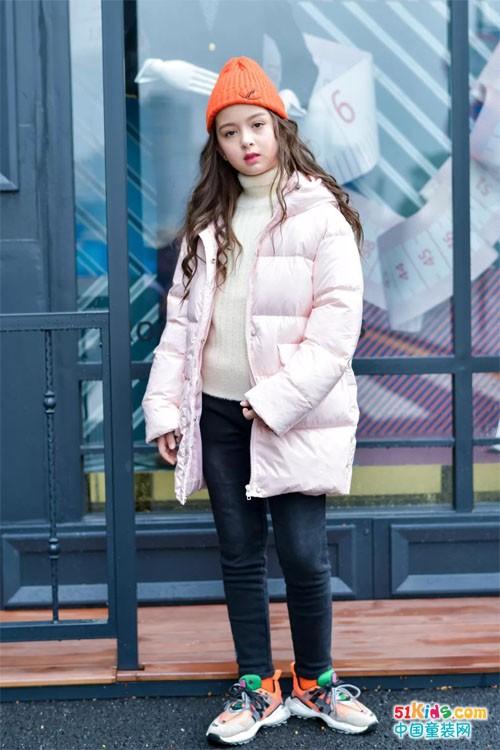 思贝秀:御寒羽绒服,温暖你整个冬天