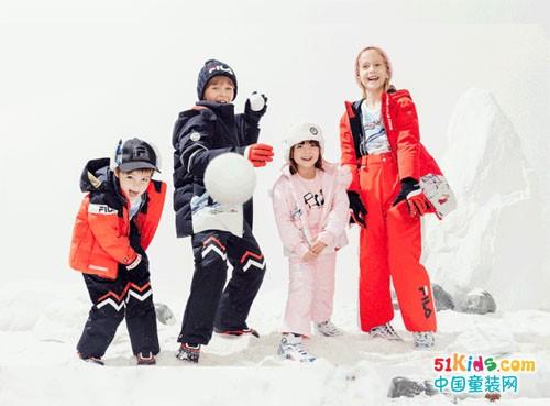 FILA斐乐:温暖童行,探索冰雪奇趣