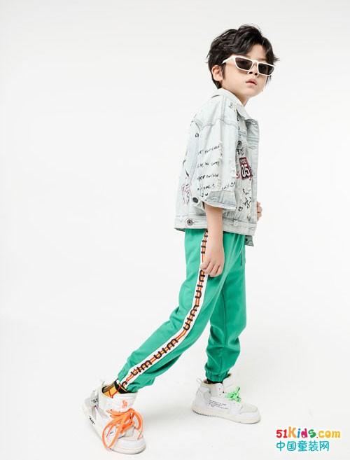 嗒囜童装 萌趣可爱的小网红范是这样穿出来的