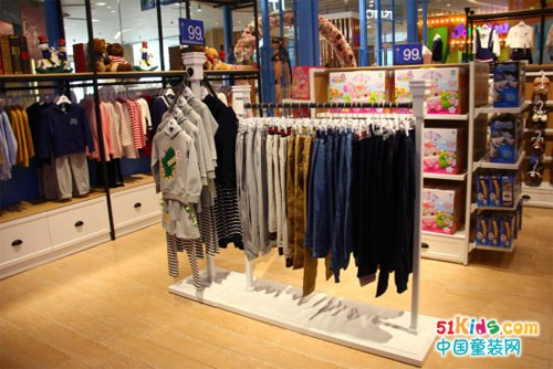 经营伊顿贸易(广州)有限公司伊顿风尚童装实体店要怎么做?