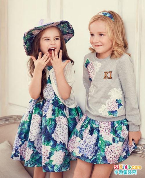 安娜与艾伦童装 传递爱心传递美丽