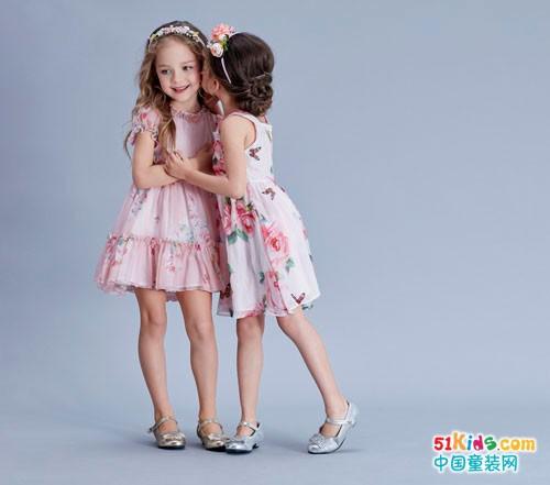 安娜与艾伦童装 让小朋友们亮丽如春