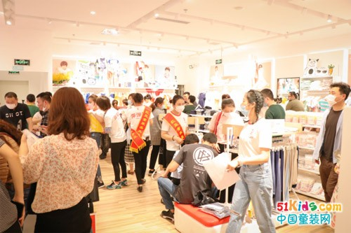 逆势扩张!红豆童装新店开业销售节节攀升