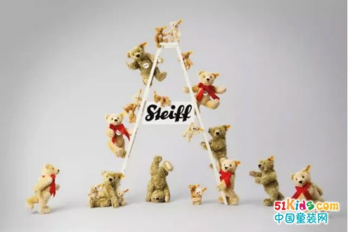 LV、Tiffany、Supreme都争相和它合作,这个玩具品牌有啥魅力