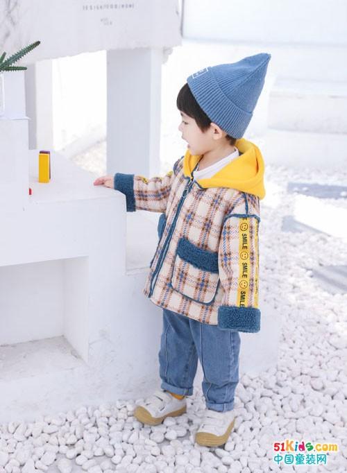 1+2=3童装 用绚丽的色彩留住跳跃的快乐