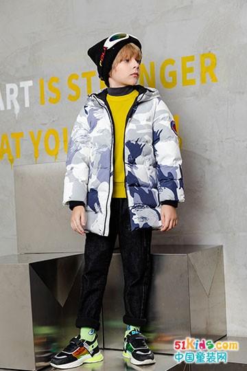 卡儿菲特冬季外套穿搭,轻松穿出不一YOUNG
