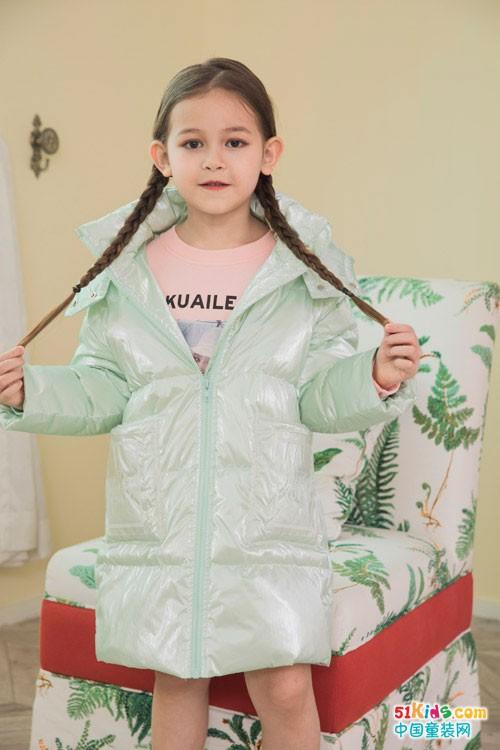 快乐精灵冬季新品外套,气温骤降也能从容面对!