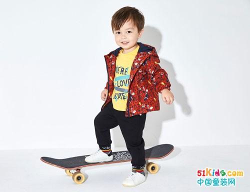 开家儿童服装店需要多少钱?卓儿童装加盟费用多少?