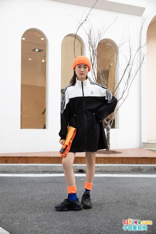 不可比喻运动女孩套装,让孩子更具活力且俏皮